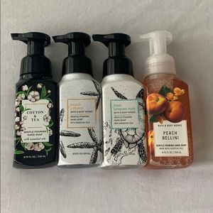 NEW Bath & Body Works Hand Soap - Lot of 4